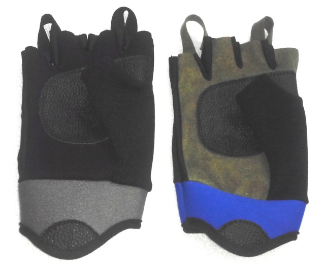 glove13